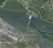 Dans l'Eure, un homme entreprend de traverser la Seine à la nage...