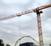 Rouen : il jouait les équilibristes au sommet d'une grue en pleine nuit, sur un chantier de l'avenue de Caen