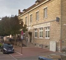 Yvelines : le cambrioleur de la Poste de Conflans-Sainte-Honorine dérangé par le déclenchement de l'alarme