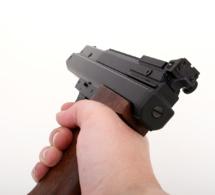 Yvelines : l'automobiliste menace un adolescent avec un 357 Magnum chargé de 6 balles