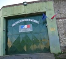 Evreux : interpellés pour avoir tenté d'introduire dans la prison des marchandises interdites