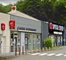 Flins-sur-Seine (Yvelines) : attaquée au distributeur de billets elle tient tête à ses agresseurs qui s'enfuient avec 300€