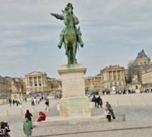 Yvelines : un pickpocket surpris la main dans la poche d'un touriste au château de Versailles