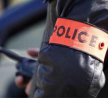 Un mort et quatre blessés lors d'une attaque au couteau ce soir à Paris : l'assaillant a été tué par la police