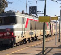 Yvelines : un train caillassé à Conflans-Sainte-Honorine, une passagère blessée au visage