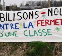 Fermeture de classe : les parents de la Neuville-chant-d'Oisel, en Seine-Maritime, occupent l'école
