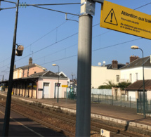 Yvelines : il s'allonge sur les rails et meurt écrasé par un train en gare de Viroflay