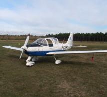 Yvelines : l'avion biplace s'écrase au décollage, le pilote et son instructeur sont tués