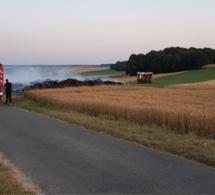 Seine-Maritime : 3 000 m2 de chaume partis en fumée à Bierville