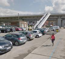 Rouen : cinq véhicules fracturés et fouillés par deux gamins de 13 ans sous le pont Flaubert