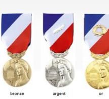 La médaille de la sécurité intérieure décernée à 12 eurois pour leur «engagement»