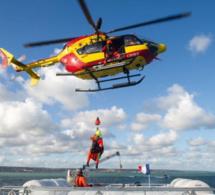 Seine-Maritime : un marin blessé à la gorge secouru au large de Fécamp