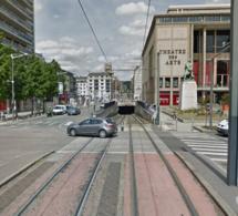 Il tente d'entrer dans le tunnel du tramway à Rouen : le conducteur était ivre et sans permis