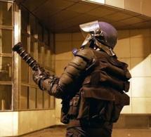 Mantes-la-Jolie : victimes de jets de projectiles, les policiers répliquent avec un lance grenade