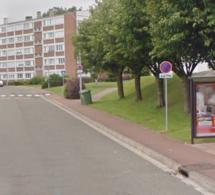 Meulan-en-Yvelines :  jets de pierres sur un bus, une vitre latérale vole en éclats
