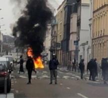 Quatre « gilets jaunes » arrêtés samedi à Rouen sont condamnés à des peines de prison