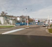 Deux ouvriers bloqués dans leur nacelle à 20 mètres de hauteur, à Gonfreville-l'Orcher