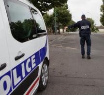 Le jeune conducteur a refusé de s'arrêter au contrôle de police - illustration © DGPNN