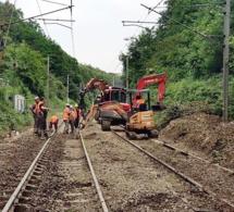 Éboulement de terrain sur les voies : les trains ne passent plus entre Lisieux et Caen