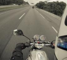 Eure : une motarde succombe à ses blessures après un accident impliquant un poids lourd