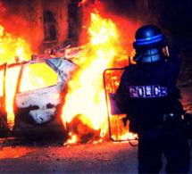 Louviers : échauffourées après le feu d'artifice, les policiers font usage de grenades lacrymogènes