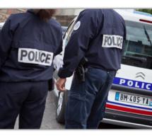 Achères (Yvelines) : il menace la caissière avec un couteau pour dérober une bouteille d'alcool