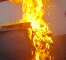 A Saint-Aubin-lès-Elbeuf, un feu de poubelle enflamme le compteur à gaz