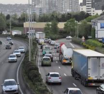 Seine-Maritime : trois chauffeurs routiers verbalisés pour non respect des distances de sécurité