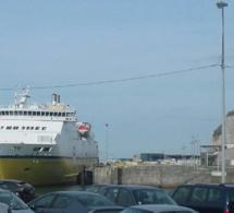 15 Vietnamiens et 1 Indien découverts à bord d'un poids lourd à la gare maritime de Dieppe