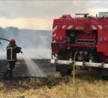 Eure : 2 ha de chaume détruits par le feu et dix maisons évacuées à Guichainville