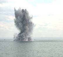 Deux mines allemandes neutralisées et détruites au large de Dieppe
