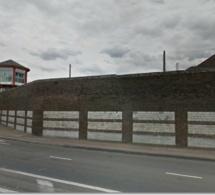 Les surveillants de prison manifestent à Rouen contre la suppression des fouilles au corps