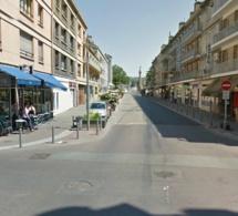 L'ambulance finit sa course dans un bar : quatre blessés transportés au CHU de Rouen