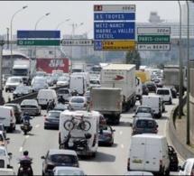 Départs en vacances, week-end prolongé, manifestations et rassemblements : circulation difficile à Paris