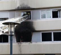 Yvelines : une cigarette mal éteinte ? 50 locataires évacués à cause d'un feu d'appartement à Poissy
