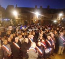2 000 personnes rassemblées pour Charlie et Franck, ce soir à Bernay