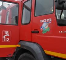 Vernon : deux véhicules détruits par le feu, un troisième endommagé