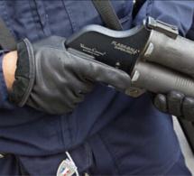 Les Clayes-sous-Bois : un policier fait usage de son flash-ball pour neutraliser un mari violent
