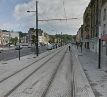 Le Havre : un automobiliste hospitalisé dans un état grave après avoir percuté un lampadaire