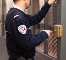 Rouen : ils intimident un adolescent et lui dérobent son téléphone portable
