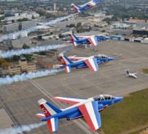 La Patrouille de France en démonstration dans le ciel de Caudebec-en-Caux, ce dimanche