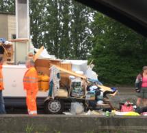 """Rouen : un camping-car """"déchiqueté"""" en forçant le passage dans une trémie"""