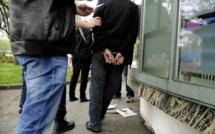 Un exhibitionniste arrêté à Évreux : l'homme était nu sur son balcon