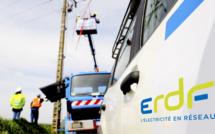 Les techniciens d'ERDF sont à pied d'œuvre depuis ce matin pour rétablir les lignes endommagées par la tempête (illustration)