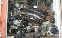 Environnement : 15 tonnes de déchets automobiles dangereux interceptés par la douane à Lyon