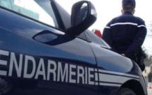 Recherché après avoir forcé un contrôle à Routot, il est retrouvé endormi dans une voiture à Brionne