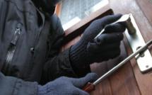 Poissy : deux adolescents arrêtés par la brigade anti-criminalité dans le pavillon qu'ils cambriolaient