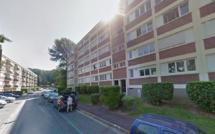 Aubergenville : elle dit «adieu» à ses amis et se jette par la fenêtre du 2ème étage