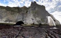 Seine-Maritime : 8 promeneurs isolés par la marée secourus au «Trou à l'homme» à Étretat
