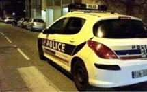 Des véhicules de police endommagés par des jets de projectiles à Mantes-la-Jolie et à Poissy